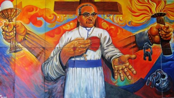 -. Mons. Romero: Santidad de la Iglesia Americana .-