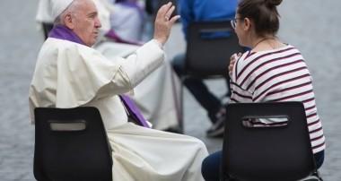 Intenciones del Papa Francisco para el mes de diciembre 2016