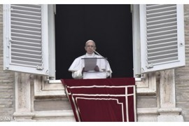 "Papa: ser cristianos ¡no ""de fachada"", sino de sustancia!"