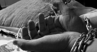 """El Papa tacha de """"crimen vergonzoso"""" la trata de personas"""