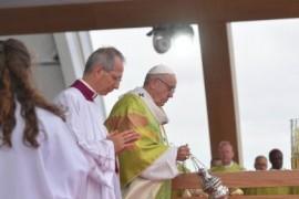 El Papa en Irlanda: Perdón por los abusos y por los chicos alejados de sus madres